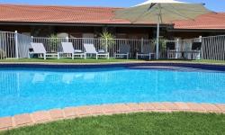 Pool shade